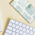 スライド式の手帳型スマホケースの特徴と使い勝手も感じられるメリット・デメリット